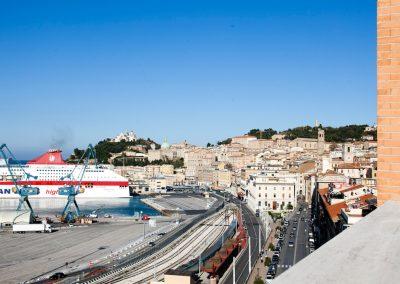 Vista del Porto di Ancona dal Ginevra